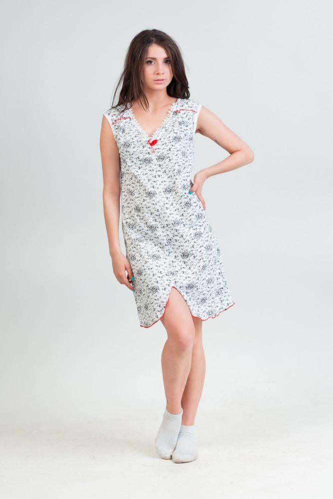 Ночная сорочка СнежаннаСорочки и ночные рубашки<br>Проявляйте фантазию и вкус не только в той одежде, которую носите за пределами дома, но и в той, что носите именно дома. К примеру, ночная сорочка, в которой вы спите, может быть намного привлекательнее  и изящнее - как модель Снежанна!<br>Данная ночная сорочка имеет очень интересный фасон с разрезом снизу, нежную расцветку и изящную отделку горловины кружевом. Но все это совершенно не мешает ей быть очень удобной во время сна, что вы обязательно оцените после покупки.<br>А со временем вы также оцените долговечность ночной сорочки Оленька и ее устойчивость перед потерей формы и цвета.<br>  Размер: 54<br><br>Принадлежность: Женская одежда<br>Основной материал: Кулирка<br>Страна - производитель ткани: Россия, г. Иваново<br>Вид товара: Одежда<br>Материал: Кулирка<br>Длина рукава: Без рукава<br>Длина: 18<br>Ширина: 12<br>Высота: 7<br>Размер RU: 54