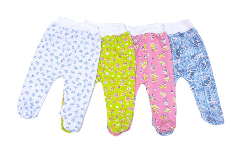 Ползунки на манжете Малыш (футер)Ползунки и штанишки<br>Определиться с расцветкой Вы можете здесь<br>Выбор вещей для гардероба младенца доставляет множество хлопот новоиспеченным родителям. Чтобы избавиться от проблем и мучительного выбора, обратите внимание на ползунки на манжете Малыш из футера!<br>Теплые, удобные и практичные, они не смогут причинить дискомфорт ребенку и не будут ограничивать его подвижность. Широкая резинка не сдавливает, а гипоаллергенная ткань не вызывает покраснений или раздражения на чувствительной коже. Такие штанишки не сползают при носке.<br>Ползунки Малыш на манжете представлены в разных расцветках. Яркие краски поднимут настроение, а доступная цена позволит легко приобрести необходимое количество штанишек даже при скромном бюджете.<br>Качественная одежда для малышей в интернет-магазине - это первая одежда ребенка, обладающая лучшими характеристиками.  Размер: 24<br><br>Производство: Закупается про запас<br>Принадлежность: Детская одежда<br>Возраст: Младенец (0-12 месяцев)<br>Пол: Унисекс<br>Основной материал: Футер<br>Страна - производитель ткани: Россия, г. Иваново<br>Вид товара: Детская одежда<br>Материал: Футер<br>Длина: 18<br>Ширина: 12<br>Высота: 2<br>Размер RU: 24