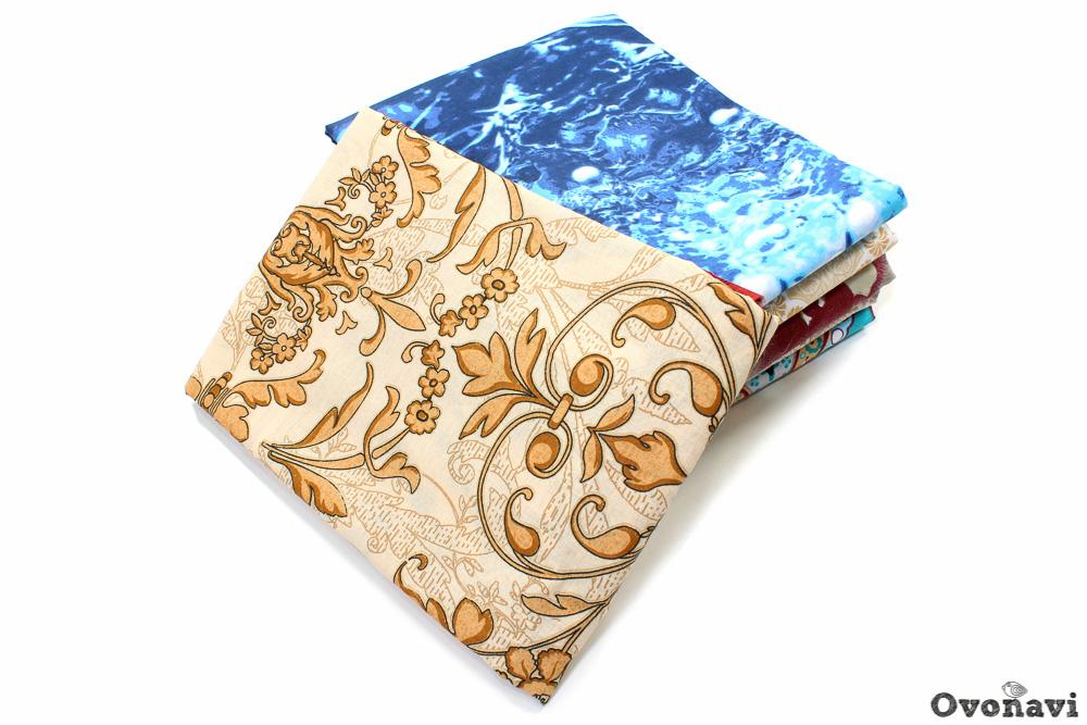 Простыня на резинке в ассортименте (полисатин)Простыни на резинке<br>Давно пора обновить ассортимент текстиля в спальне? Не хотите покупать комплекты? Вам подойдут простыни на резинке в ассортименте из полисатина.<br>Использование резинки позволяет зафиксировать простынь на матрасе. Она не будет ездить, сползать или сбиваться даже во время неспокойного сна. Больше никакие мелочи не смогут отвлечь от долгожданного отдыха. Сам полисатин приятен телу, неприхотлив, мягок и воздухопроницаем.<br>Среди преимуществ полисатиновых простыней - долговечность, износостойкость, стабильность формы и цвета. Доступная цена позволяет сразу приобрести их в необходимом количестве.<br> Размер: 180х200<br><br>Тип простыни: Без шва<br>Производство: Производится про запас<br>Принадлежность: Для дома<br>Плотность КПБ: 95 гр/кв.м<br>Категория КПБ: В ассортименте<br>По назначению: Повседневные<br>Основной материал: Полисатин<br>Страна - производитель ткани: Россия, г. Иваново<br>Вид товара: КПБ<br>Материал: Полисатин<br>Сезон: Круглогодичный<br>Состав: 100% полиэстер<br>Длина: 25<br>Ширина: 16<br>Высота: 3<br>Размер RU: 180х200