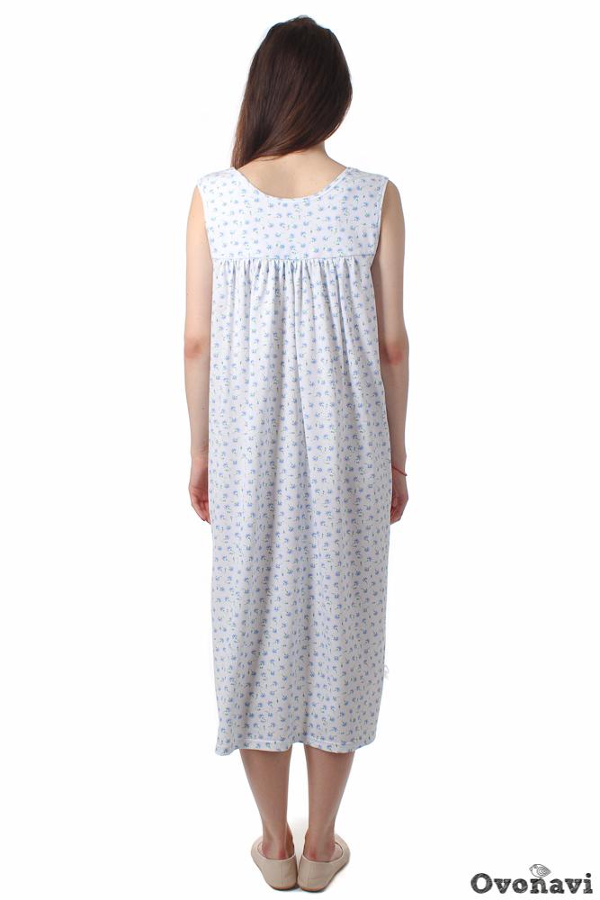 Пижама женская АйсбергПижамы<br>Женская пижама должна объединять в себе сразу несколько функций. Во-первых, быть удобной для сна. Во-вторых, быть изготовленной из натуральных материалов. И в-третьих, смотреться на своей обладательнице стильно и красиво. Мы представляем вам пижаму Айсберг, которая в полной мере соответствует этим требованиям.<br>Пижама выполнена из кулирки. Как известно, кулирное полотно на 100 процентов состоит из натурального хлопка. А это значит, что аллергия, раздражение и дискомфорт от ношения такой пижамки вам не страшны. Комплект состоит из футболки и бриджей, которые совершенно не стесняют движений, поэтому глубокий и спокойный сон вам обеспечен.<br>Модель представлена в различных цветовых вариациях. Приятные нежные цвета в сочетании с мелким узором - именно то, что нужно для ночной одежды. В ее дизайне нет ничего лишнего, что позволяет носить пижаму женщинам разных возрастов.<br>На сайте представлен широкий размерный ряд данного изделия. Вам всего лишь нужно измерить свои параметры, чтобы подобрать подходящий вариант, и ваши сны станут самыми добрыми! Размер: 42, Бело-фиолетовый<br><br>Производство: Производится про запас<br>Принадлежность: Женская одежда<br>Основной материал: Кулирка<br>Страна - производитель ткани: Россия, г. Иваново<br>Вид товара: Одежда<br>Материал: Кулирка<br>Длина по спинке : 44-48 размер - 55 см; 52 размер - 62 см; 58-60 размер - 64 см<br>Обработка: Шов в подгибку с обметанным срезом в 1,5-2 см по низу футболки; шов в подгибку с обметанным срезом в 2-2,5 см по поясу<br>Тип рукава: Втачной<br>Тип застежки: Без застежки<br>Высота посадки: 44-48 размер - 33 см; 50 размер - 39 см; 52-60 размер - 40 см<br>Длина изделия по внутреннему шву: 44-48 размер - 41 см; 50-52 размер - 43 см; 54-60 размер - 44 см<br>Тип силуэта: Прилегающий<br>Длина рукава: Короткий<br>Длина: 18<br>Ширина: 12<br>Высота: 7<br>Размер RU: 42, Бело-фиолетовый