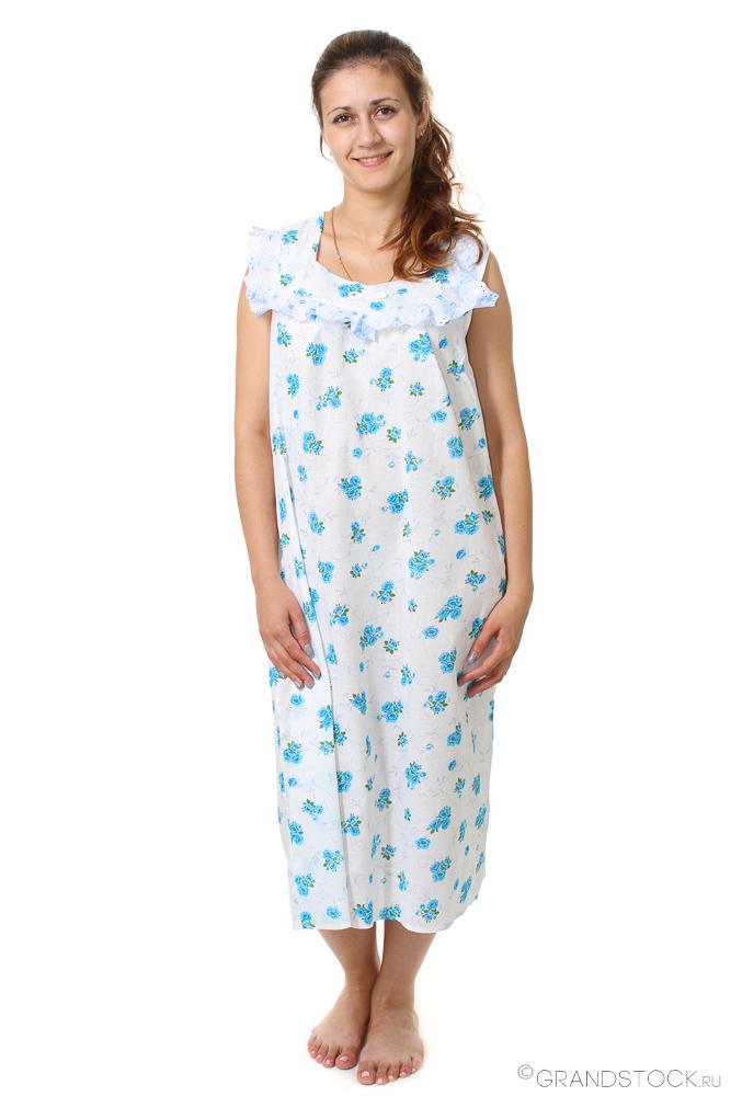 Ночная сорочка ГолубикаСорочки и ночные рубашки<br>Не любите стандартные пижамы? Предпочитаете что-то более свободное, просторное и воздушное? Для вас - длинная ночная сорочка Голубика!<br>Шуйский ситец - тончайшее хлопковое полотно, которое не парит и не липнет к коже с одной стороны, но и надежно защищает от прохлады - с другой. Такой эффект достигается за счет отличной воздухопроницаемости материала, а также его способности к поддержке естественного теплообмена. Уход за ситцем - простейший, вдобавок, он практически не мнется.<br>Сорочка Голубика - это простой фасон с ненавязчивой кокетливой отделкой. Именно простота делает ее беспроигрышным вариантом, ведь спать в такой сорочке всегда удобно.<br> Размер: 56<br><br>Принадлежность: Женская одежда<br>Основной материал: Ситец<br>Страна - производитель ткани: Россия, г. Иваново<br>Вид товара: Одежда<br>Материал: Ситец Шуя<br>Состав: 100% хлопок<br>Длина рукава: Без рукава<br>Длина: 18<br>Ширина: 12<br>Высота: 7<br>Размер RU: 56