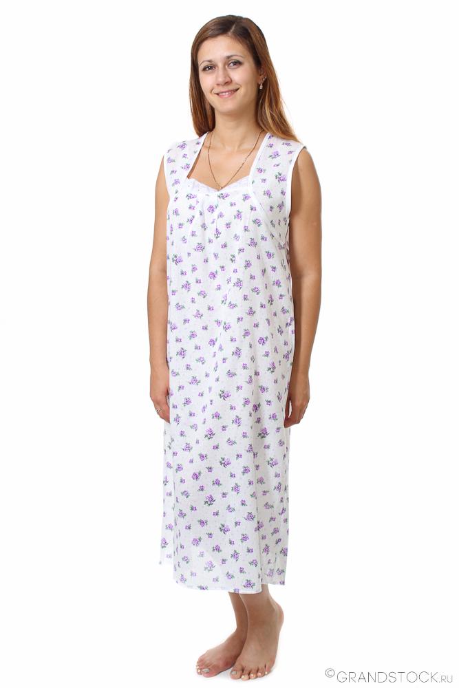 Ночная сорочка ВербенаСорочки и ночные рубашки<br>Свободная, просторная одежда для сна из натуральных материалов - гарантия комфорта, хорошего самочувствия и приятного отдыха. В поисках таких вещей обязательно обратите внимание на ночные сорочки Вербена, пошитые из тончайшего ситца Шуя.<br>Тонкая и легкая ткань обладает необходимой прочностью, легко переносит стирку и глажку, не деформируется и долгое время сохраняет первоначальный вид. Удобный крой не причиняет дискомфорта, а в широком размерном ряду обязательно найдется подходящая модель.<br>Экономные покупательницы смогут оценить доступную стоимость ночной сорочки Вербена. Невысокая цена сочетается с высоким качеством, вписываясь даже в скромный бюджет. Размер: 62<br><br>Принадлежность: Женская одежда<br>Основной материал: Ситец<br>Страна - производитель ткани: Россия, г. Иваново<br>Вид товара: Одежда<br>Материал: Ситец Шуя<br>Состав: 100% хлопок<br>Длина рукава: Без рукава<br>Длина: 18<br>Ширина: 12<br>Высота: 7<br>Размер RU: 62