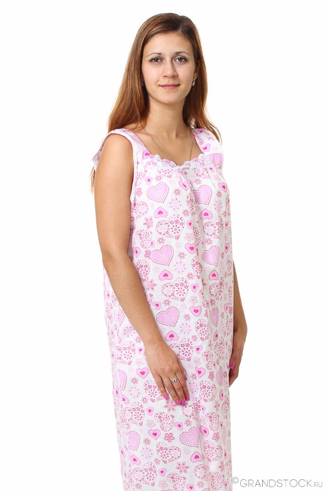 Ночная сорочка ЦинияСорочки и ночные рубашки<br>Ищете яркую, но вместе с тем простую и традиционную одежду для сна? Обратите внимание на ночную сорочку Циния, сочетающую лаконичность, свободный крой и высокое качество.<br>Нежный, легкий и воздушный шуйский ситец отличается особым видом полотняного плетения, которое обеспечивает прочность при минимальной плотности и толщине. Натуральные хлопковые волокна в основе гипоаллергенны и абсолютно экологичны. Ткань легко окрашивается в яркие цвета, хорошо переносит стирки и долго не выцветает.<br>Еще одно преимущество ночной сорочки Циния - доступная цена. А широкий размерный ряд позволит подобрать модель под любую фигуру.<br> Размер: 64<br><br>Высота: 7<br>Размер RU: 64