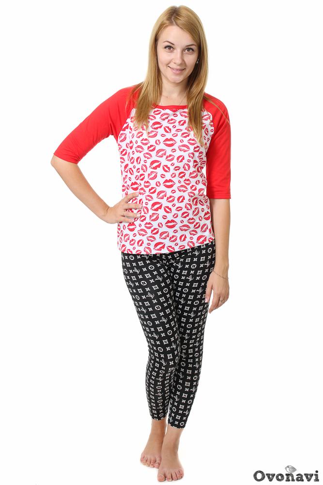 Футболка женская ГвенФутболки<br>В гардеробе каждой женщины обязательно должен быть набор удобных и практичных футболок. Главные требования к ним &amp;amp;mdash; качество, износостойкость, стильный и простой дизайн. Представляем вам отличный пример &amp;amp;mdash; женскую футболку Гвен.<br>Модель выполнена из кулирки &amp;amp;mdash; ткани, в состав которой входит стопроцентно натуральный хлопок. Благодаря этому кулирка отличается рядом преимуществ. Кожа в ней дышит, и вы чувствуете себя комфортно даже при долгой носке, а сама ткань приятная на ощупь и легкая. Материалу свойственна износостойкость и прочность, поэтому изделие не деформируется после стирок и глажек. А главное, кулирка подходит людям даже с очень чувствительной кожей.<br>Футболка имеет прямой крой и рукав реглан длиной &amp;amp;frac34;. Дизайн изделия &amp;amp;mdash; это сочетание двух цветов: белого и красного. Симпатичный принт под цвет рукавов смотрится позитивно и ярко. Футболку можно смело носить с джинсами, шортами или юбками, а также сочетать ваш облик с разнообразной обувью. Отличный вариант для прогулки, посиделок с подружками в кафе или дружеской встречи.Женская футболка Гвен представлена в широком размерном ряду, благодаря чему вы сможете подобрать вариант, идеально сидящий на вашей фигуре. И если у вас еще остались сомнения, взгляните на привлекательную цену изделия, которая, несомненно, не оставит равнодушным! Размер: 60, Бело-красный<br><br>Производство: Производится про запас<br>Принадлежность: Женская одежда<br>Основной материал: Кулирка<br>Страна - производитель ткани: Россия, г. Иваново<br>Вид товара: Одежда<br>Материал: Кулирка<br>Сезон: Лето<br>Тип горловины: Круглый вырез<br>Обработка: Окантовка горловины бейкой<br>Тип рукава: Реглан<br>Тип застежки: Без застежки<br>Состав: 100% хлопок<br>Обработка низа: Шов в подгибку с обметанным срезом<br>Длина рукава: Средний<br>Длина: 18<br>Ширина: 12<br>Высота: 7<br>Размер RU: 60, Бело-красный