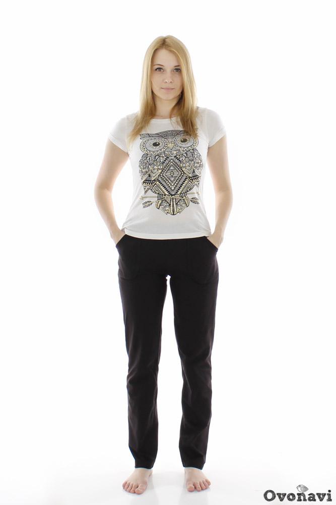 Брюки женские ЛостБрюки<br>Брюки, бесспорно, являются самым удобным видом женской одежды, ведь этот универсальный предмет гардероба может быть частью и официально-делового костюма, и спортивного образа.<br>Именно поэтому мы хотим представить Вашему вниманию женские брюки из натурального хлопкового материала Лост. Как уже говорилось ранее, в составе данных брюк - стопроцентно натуральное хлопковое волокно, а это значит, что брюки будут радовать Вас своим высоким качеством на протяжении долгого времени. Занятия спортом, встреча с друзьями или прогулка - комфорт на протяжении всего дня Вам обеспечен!<br>Женские брюки Лост выдержаны в стиле casual, в черном цвете, поэтому Вам легко будет сочетать их с любыми другими предметами вашего гардероба. Размер: 50, Черный<br><br>Высота: 9<br>Размер RU: 50, Черный
