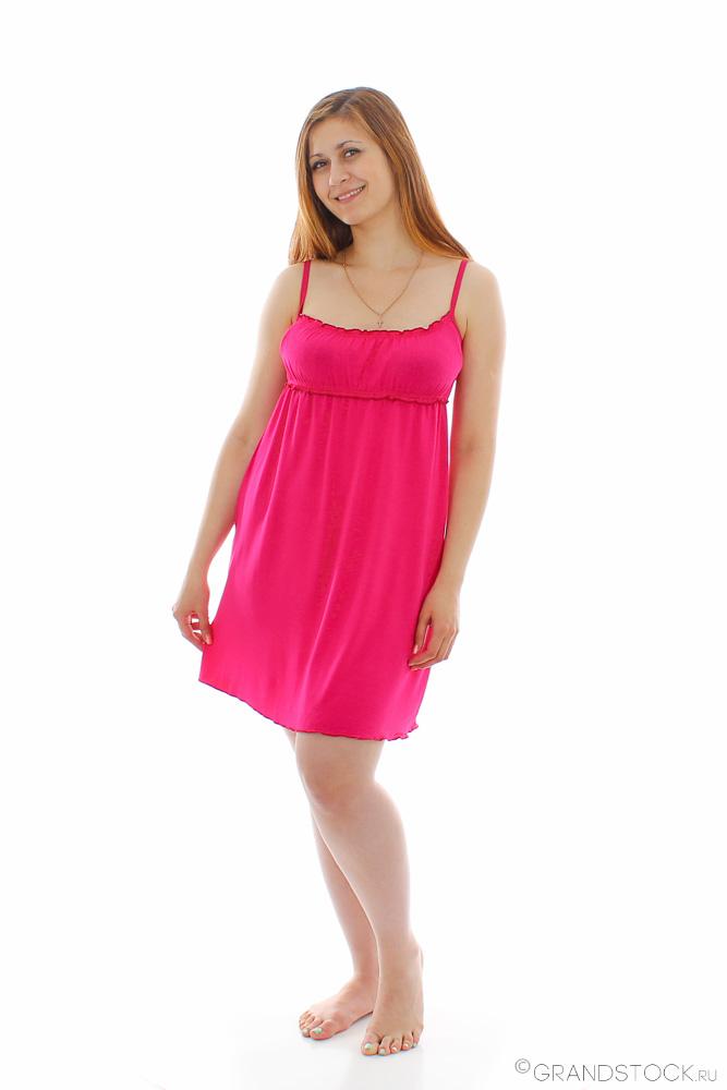 Ночная сорочка КамиллаСорочки и ночные рубашки<br>Хотите выбрать яркую и оригинальную одежду для сна, но не знаете, с чего начать? Хотите чувствовать себя уверенно и привлекательно в любое время суток?<br>Ночная сорочка Камилла - отличный выбор! Стильная и необычная, она отличается кроем, наличием драпировки лифа, волнистых оборок и декоративного бантика. Нежная, женственная и привлекательная, она шьется из экологичного вискозного полотна, безвредного для здоровья и неприхотливого при уходе.<br>Ночная сорочка Камилла - вариант для смелых модниц, которые не боятся экспериментов. Легкость и воздушность обеспечивают комфорт во время сна или отдыха.<br>Ночная сорочка для женщины любого возраста недорого стоит, но отличается добротным ивановским качеством. Размер: 44<br><br>Принадлежность: Женская одежда<br>Основной материал: Вискоза<br>Страна - производитель ткани: Россия, г. Иваново<br>Вид товара: Одежда<br>Материал: Вискоза<br>Длина по спинке : 46 размер - 67 см<br>Состав: 90% вискоза, 10% эластан<br>Длина рукава: Без рукава<br>Длина: 18<br>Ширина: 12<br>Высота: 7<br>Размер RU: 44
