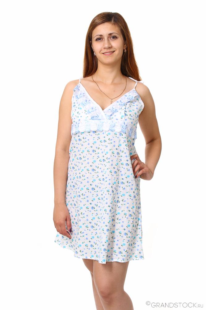 Ночная сорочка ГвоздикаСорочки и ночные рубашки<br>Нежная и мягкая сорочка - разве может женщина в такой плохо спать? Конечно же, нет, потому что такая сорочка может подарить вам только самый сладкий и крепкий сон, особенно если это - модель Гвоздика!<br>Данная сорочка сшита из тонкого шуйского ситца (100% хлопковый состав) и имеет нежный женственный дизайн. Ее полусвободный фасон и средняя длина хорошо подчеркнут вашу фигуру и при этом позволят чувствовать себя достаточно комфортно во время сна, не стесняя ваших движений.<br>Еще одна приятная особенность женской ночной сорочки Гвоздика - это ее симпатичная расцветка с цветочным узором. Размер: 46<br><br>Принадлежность: Женская одежда<br>Основной материал: Ситец<br>Страна - производитель ткани: Россия, г. Иваново<br>Вид товара: Одежда<br>Материал: Ситец Шуя<br>Длина по спинке : 54 размер - 78 см<br>Состав: 100% хлопок<br>Длина рукава: Без рукава<br>Длина: 18<br>Ширина: 12<br>Высота: 7<br>Размер RU: 46