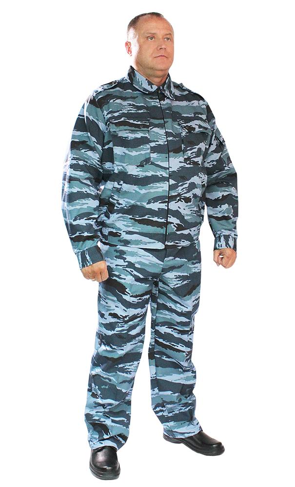 Костюм Страж (серый камыш)Для охранников<br>Костюм Страж состоит из куртки и брюк. Куртка укороченная, с центральной застежкой на тесьму-молнию, с нижними прорезными и верхними накладными карманами, с клапанами, рукав втачной, длинный, на манжете. Низ куртки на притачном поясе, по бокам стянут на эластичную тесьму. Брюки прямые, на притачном поясе со шлевками, с центральной застежкой на тесьму-молнию, карманами с отрезным бочком и задним прорубным карманом с клапаном. По бокам регулируется патами, застегивающимися на петлю и пуговицы. Размер: 44-46<br><br>Принадлежность: Мужская одежда<br>Основной материал: Рип-стоп<br>Страна - производитель ткани: Россия, г. Иваново<br>Вид товара: Одежда<br>Материал: Рип-стоп<br>Тип застежки: Молния<br>Состав: 80% полиэстер, 20% хлопок<br>Длина рукава: Длинный<br>Длина: 27<br>Ширина: 25<br>Высота: 8<br>Размер RU: 44-46
