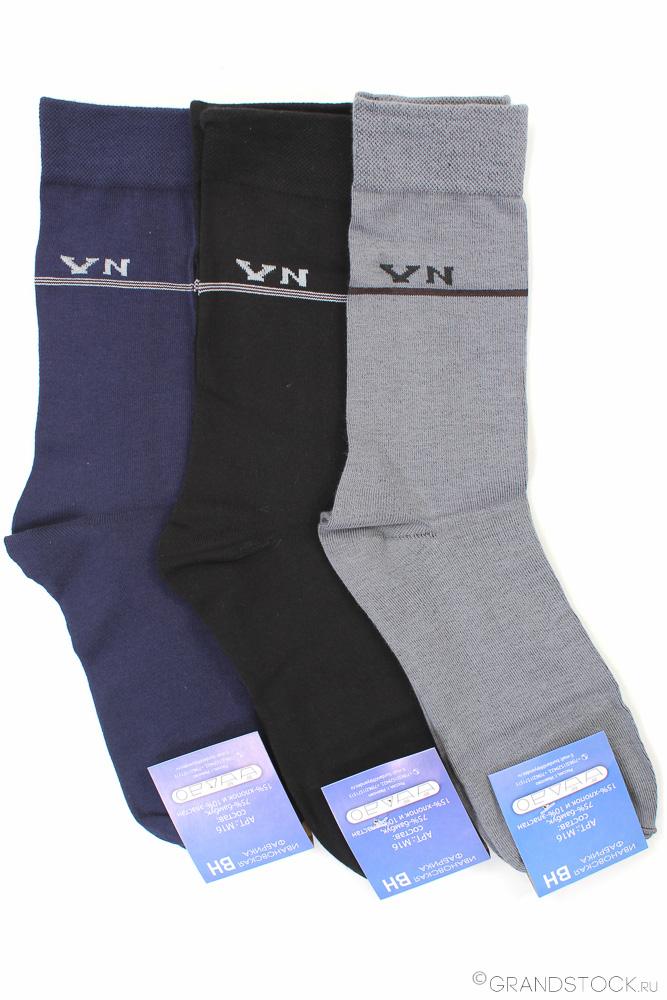 Носки мужские Серайз (упаковка 12 штук) 39-45Носки<br>Внешний вид много говорит о мужчине, и если вы хоте производить на знакомых и даже мало знакомых людей только самое хорошее впечатление, в вашем образе все должно быть более чем идеально вплоть до таких мелочей, как носки.<br>Мужские носки Серайз не подведут вас даже в самой серьезной ситуации, ведь в их составе находится 75% бамбукового волокна, экологически чистого и обладающего вентилирующим свойством, чтобы ваши ноги в носках дышали, а вы даже и не думали о дискомфорте.<br>Более того, мужские носки Серайз имеют сдержанную лаконичную расцветку и продаются в упаковке, состоящей из двенадцати пар нескольких расцветок.<br>Состав: 75%-бамбук / 15%- хлопок / 10%- эластан Размер: 39-45 Цвета: разные Размер: 39-45<br><br>Высота: 7<br>Размер RU: 39-45