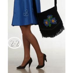 черная с синими цветами